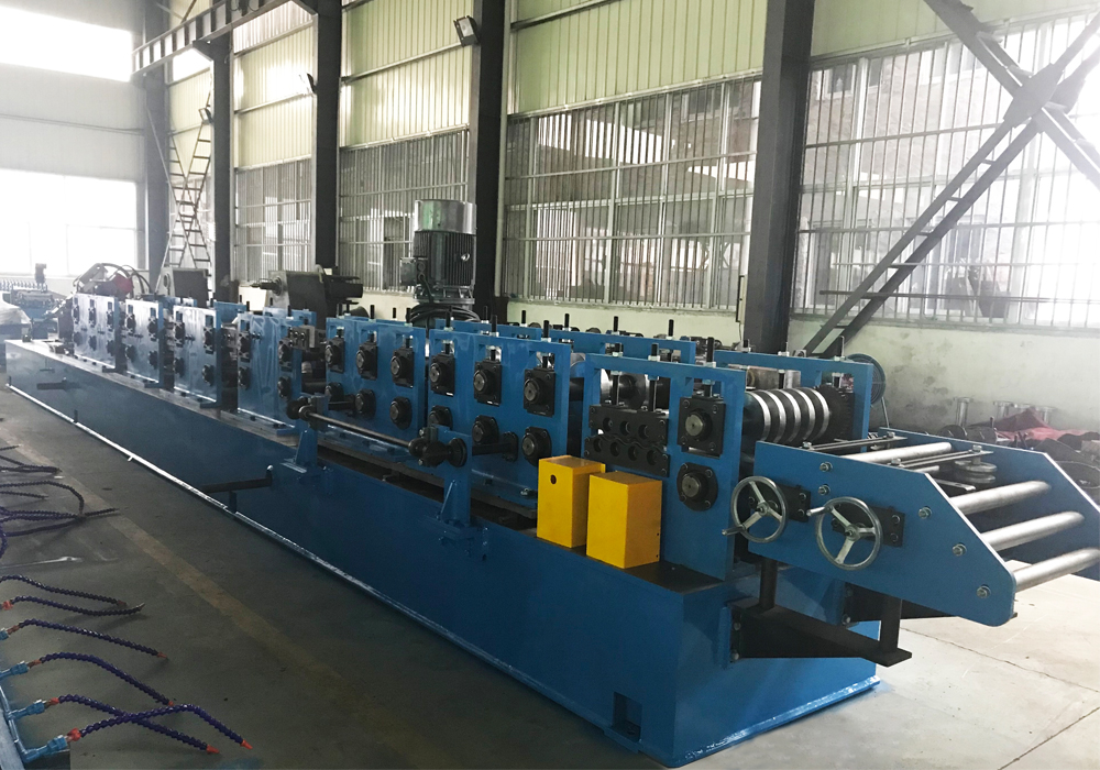 4mm Thickness Hat Roll Forming Machine